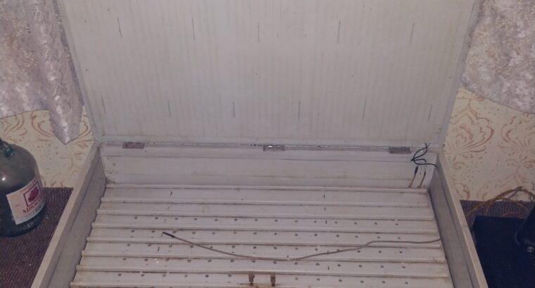 Заводски Инкубатор за 200 яйца – Старозагорски